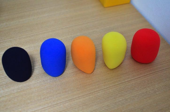 発色の良い、5色のマイク風防