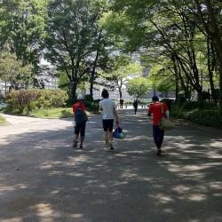 Running 新緑の森の中をジョギングするのはやっぱり気持イイ名古屋名城公園外周をランニング