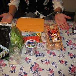 iPad2専用ケース スマートカバーで手巻き寿司を巻いて食べてみた