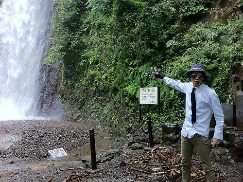 暴飲暴食 カルピス原液一気飲み 3 ~養老の滝の水で薄めて挑戦編~