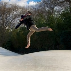 「浮遊写真塾」で空中浮遊必ずあなたを空に羽ばたかせます