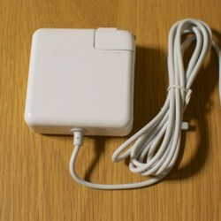 2,780円で買えるMacBookAir対応互換MagSafe電源アダプタAPPLE 45W
